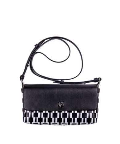 Signature-Black-CB-Clutch-Long-Handle-Front-Compressed
