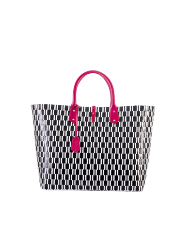 Signature-Medium-Tote-Front-Compressed
